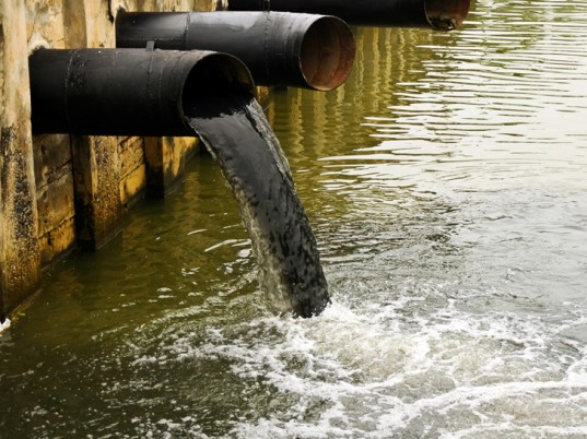 water-pollution-china-2-537x402